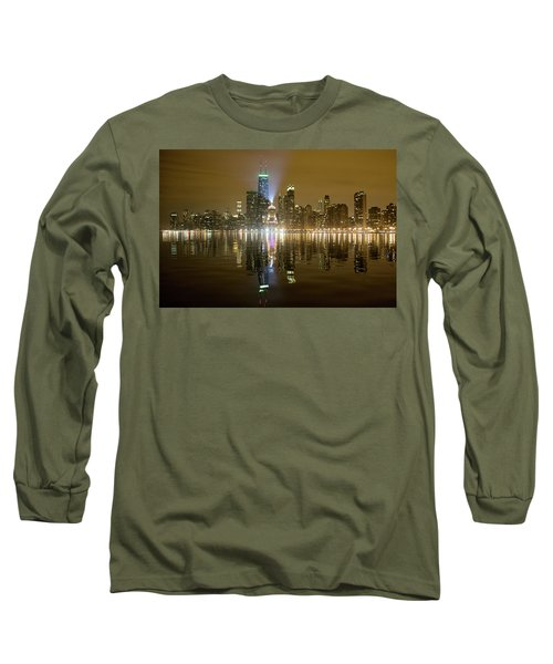 Chicago Skyline With Lindbergh Beacon On Palmolive Building Long Sleeve T-Shirt