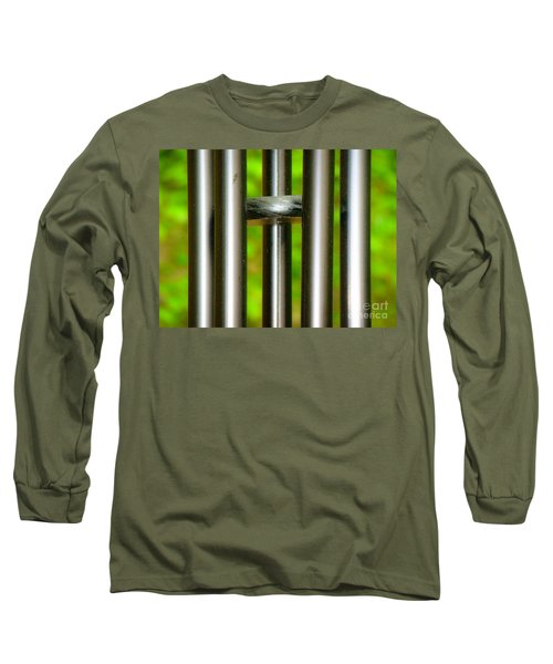 Long Sleeve T-Shirt featuring the photograph Chiming In by Rand Herron