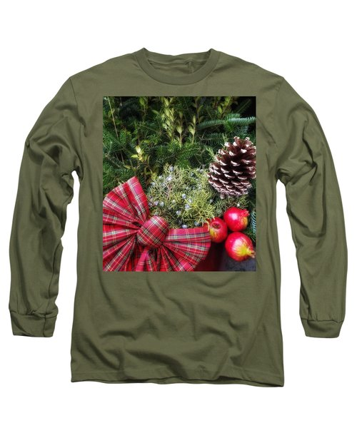 Christmas Arrangement Long Sleeve T-Shirt