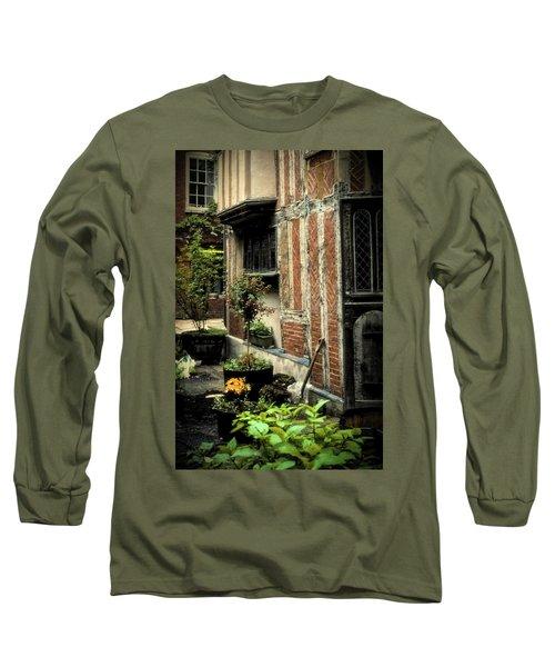 Cloister Garden - Cirencester, England Long Sleeve T-Shirt