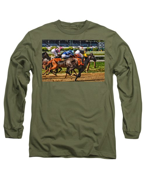 Close Running Long Sleeve T-Shirt
