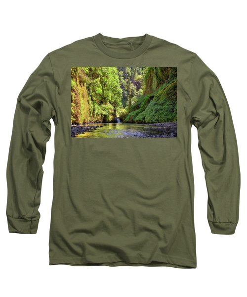 Columbia Gorge Waterfall In Summer Long Sleeve T-Shirt