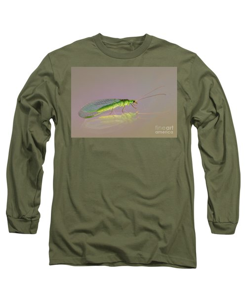 Common Green Lacewing - Chrysoperla Carnea Long Sleeve T-Shirt