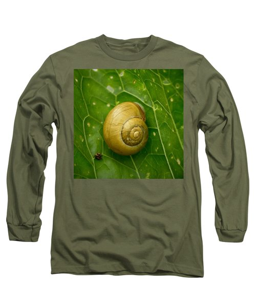 Long Sleeve T-Shirt featuring the photograph Conch by Jouko Lehto