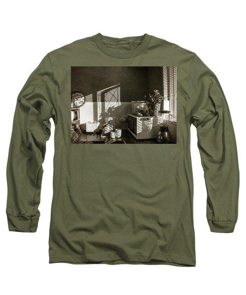Cosy Corner Long Sleeve T-Shirt