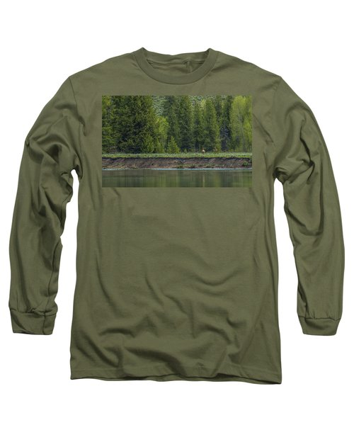 Cow Elk On The Riverbank Long Sleeve T-Shirt