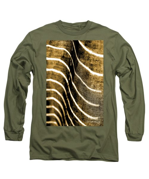 Curves And Folds Long Sleeve T-Shirt