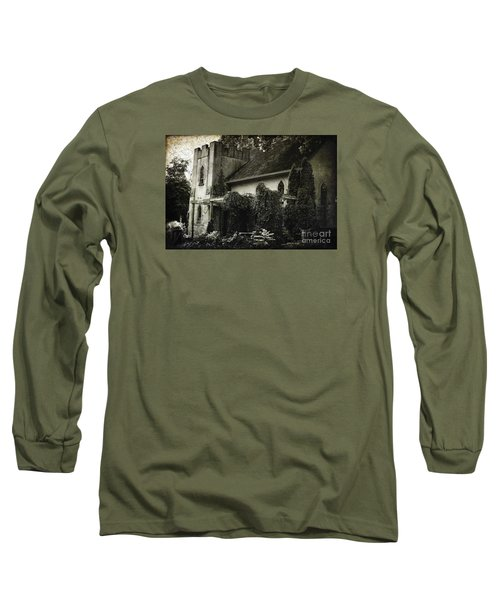 Long Sleeve T-Shirt featuring the photograph Distressed by Judy Wolinsky