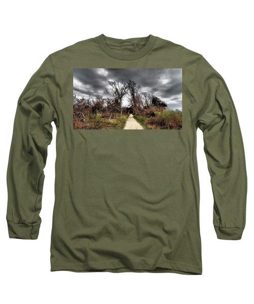 Dramatic Landscape At Elizabeth Morton Long Sleeve T-Shirt