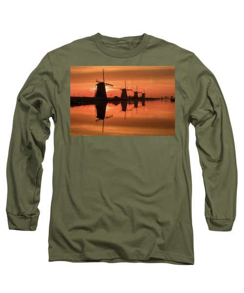 Dutch Sillhouette Long Sleeve T-Shirt