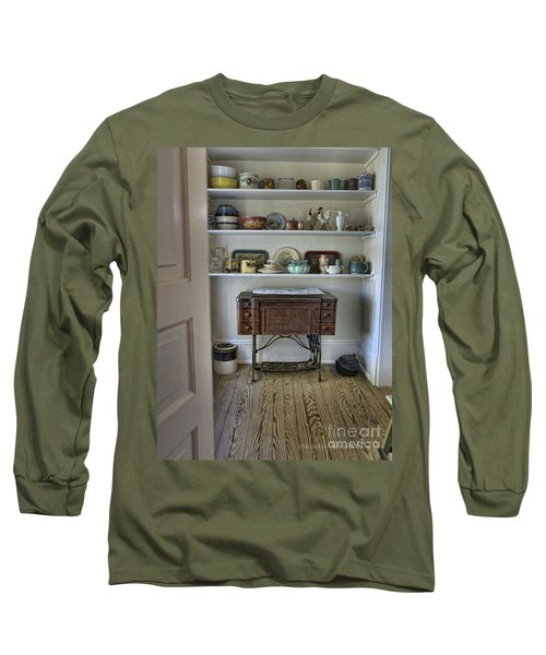Early American Style Long Sleeve T-Shirt