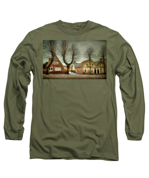 Long Sleeve T-Shirt featuring the photograph End Of The Day by Annie Snel