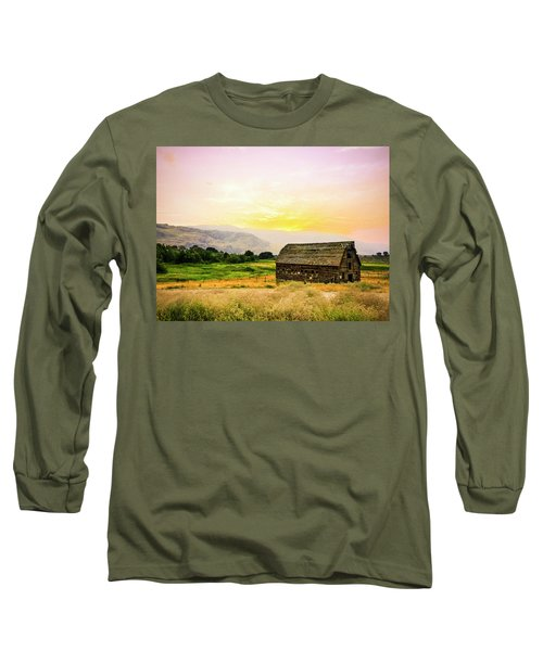 Twilight At The Okanagan Farm House Canada Long Sleeve T-Shirt