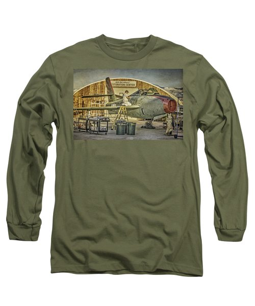 F-84f Thunderstreak Final Touches  Long Sleeve T-Shirt