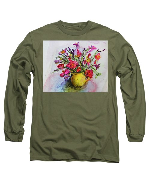 Floral Still Life 05 Long Sleeve T-Shirt by Linde Townsend