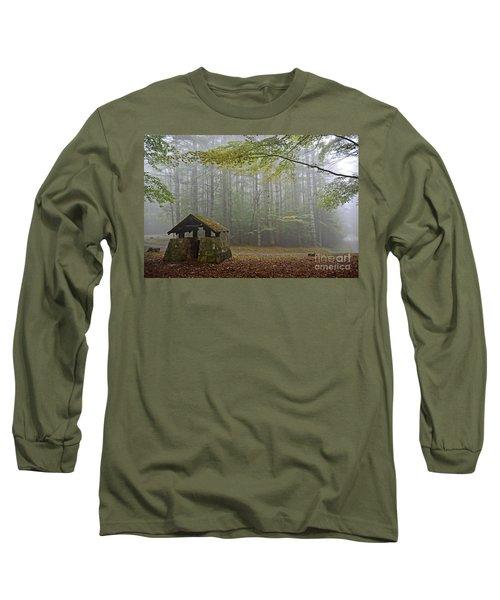 Foggy Morning At Droop Mountain Long Sleeve T-Shirt