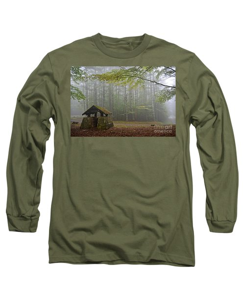 Foggy Morning At Droop Mountain Long Sleeve T-Shirt