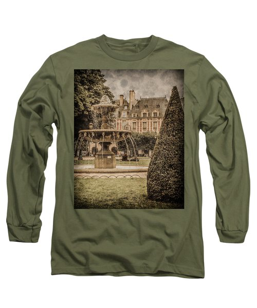 Paris, France - Fountain, Place Des Vosges Long Sleeve T-Shirt