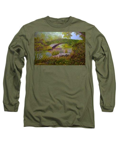 Gapstow Bridge Central Park Long Sleeve T-Shirt