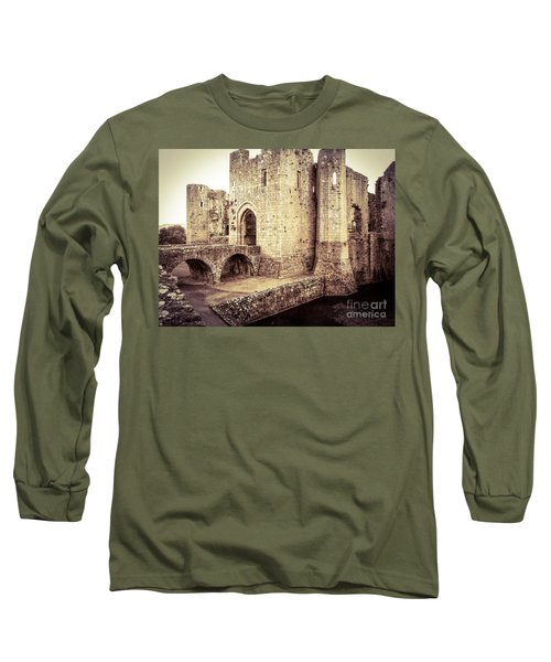 Glorious Raglan Castle Long Sleeve T-Shirt
