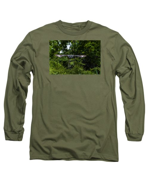 Great Grey Owl In Flight Long Sleeve T-Shirt