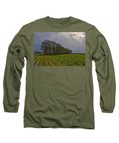 Group Of Trees Against A Dark Sky Long Sleeve T-Shirt by Frans Blok