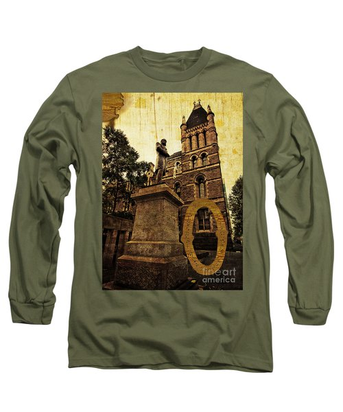 Grungy Melbourne Australia Alphabet Series Letter O Francis Ormo Long Sleeve T-Shirt