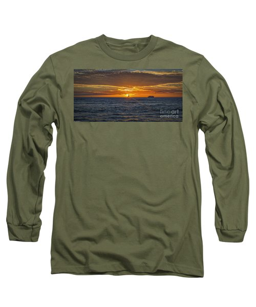 Long Sleeve T-Shirt featuring the photograph Hawaiian Winter Sunset by Mitch Shindelbower