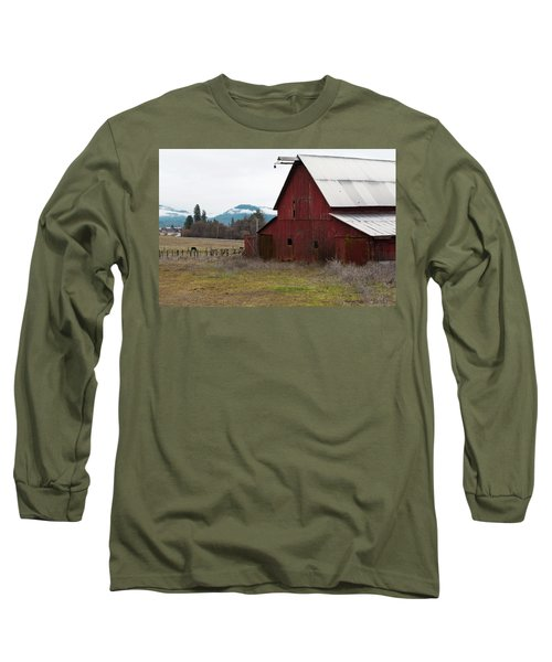 Hayfork Red Barn Long Sleeve T-Shirt