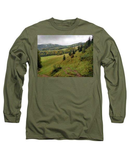 Highlands Landscape In Pieniny Long Sleeve T-Shirt