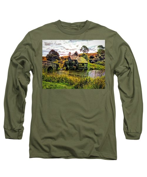 Long Sleeve T-Shirt featuring the photograph Hobbiton Mill And Bridge by Kathy Kelly