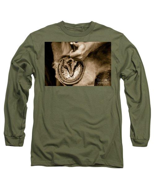 Horsehoe Fitting Long Sleeve T-Shirt