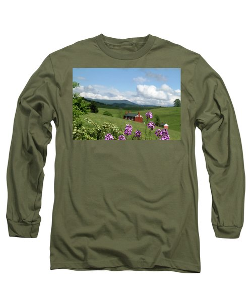 Long Sleeve T-Shirt featuring the photograph House On Hill In Lexington by Emanuel Tanjala