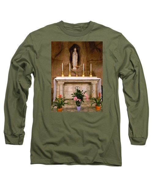 I Am The Immaculate Conception - Tiny Chapel On Crypt Level Long Sleeve T-Shirt