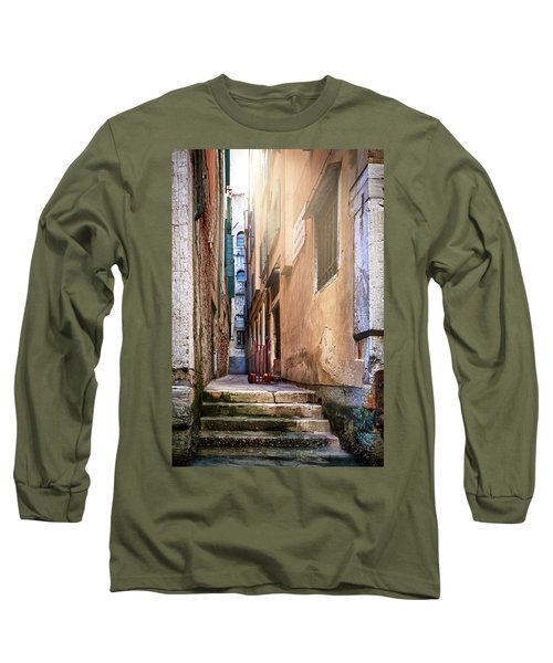 I Have Seen Your Trolley, Somewhere In Venice Long Sleeve T-Shirt