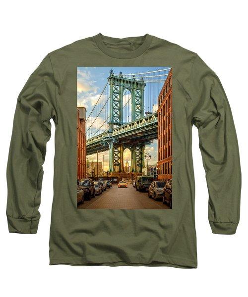Iconic Manhattan Long Sleeve T-Shirt