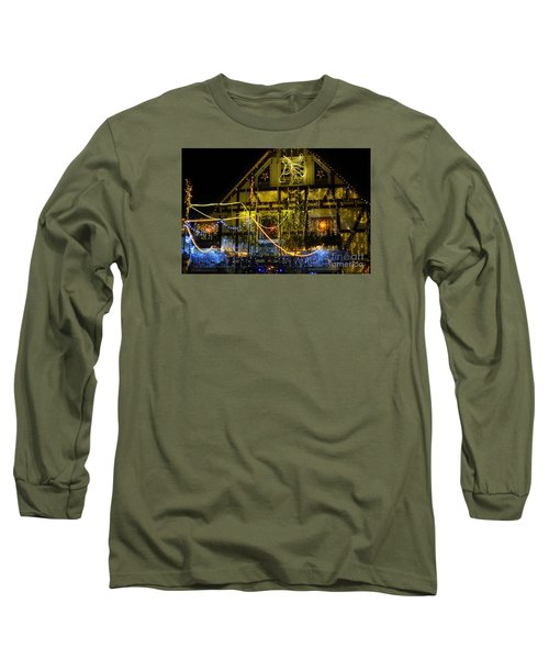 Illuminated Christmas-house Long Sleeve T-Shirt