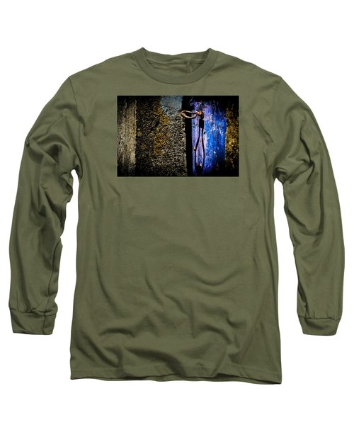 Long Sleeve T-Shirt featuring the photograph Inside by Edgar Laureano