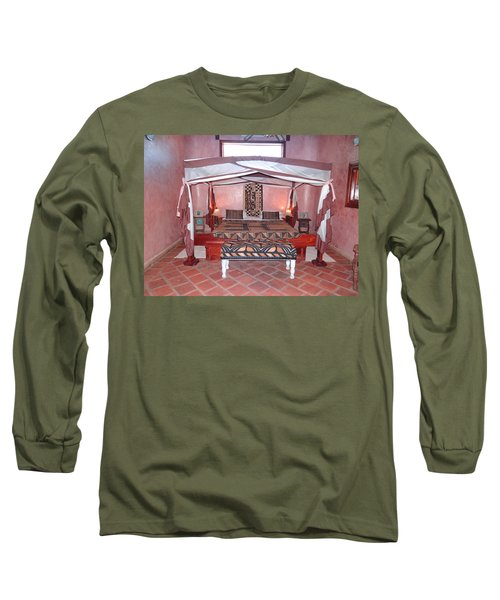 Kenyan African Traditional Double Bed Long Sleeve T-Shirt