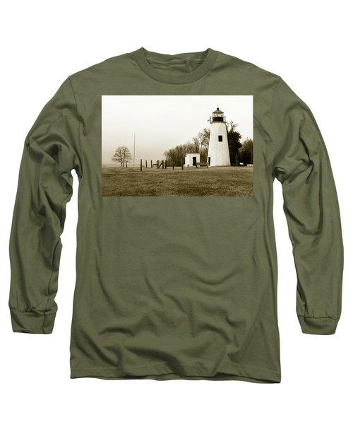Lighthouse At Turkey Point Long Sleeve T-Shirt