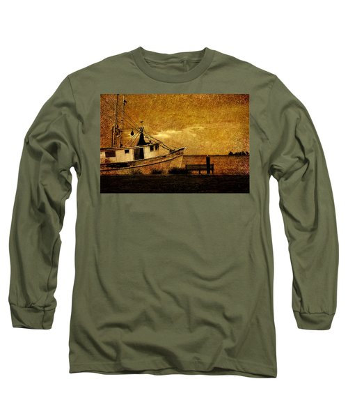 Living In The Past Long Sleeve T-Shirt by Susanne Van Hulst