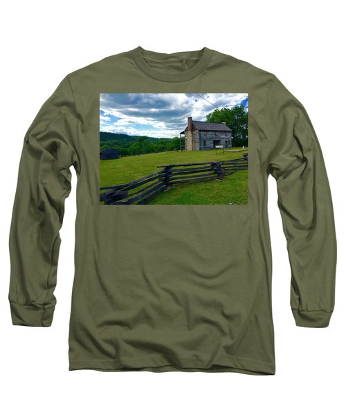 Majestic Wolf House Stands  Long Sleeve T-Shirt