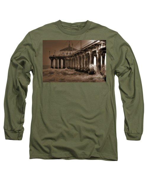 Manhattan Pier Splash Long Sleeve T-Shirt