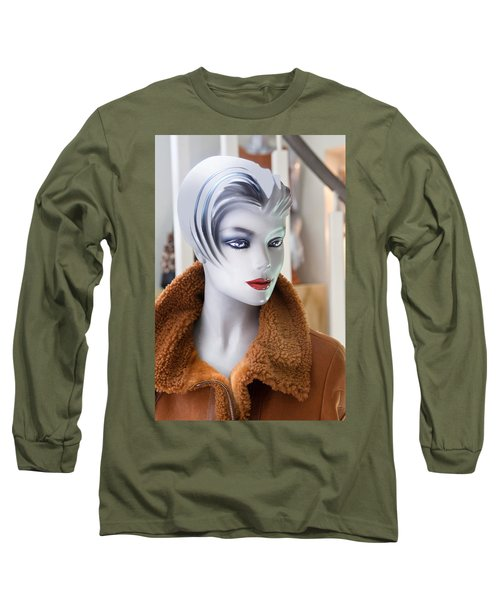 Mannequin 74a Long Sleeve T-Shirt