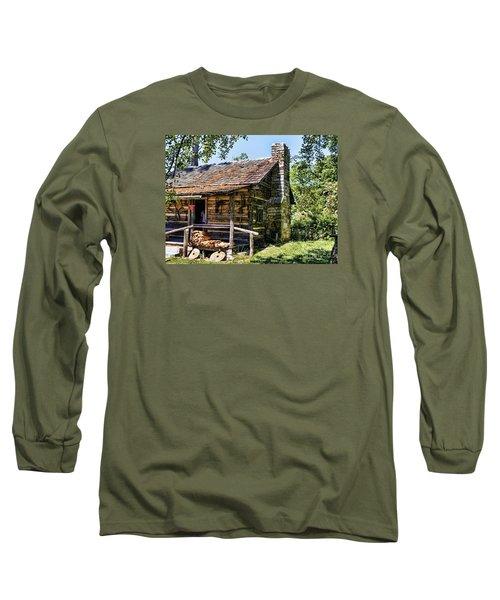 Mark Twains Family Cabin Long Sleeve T-Shirt