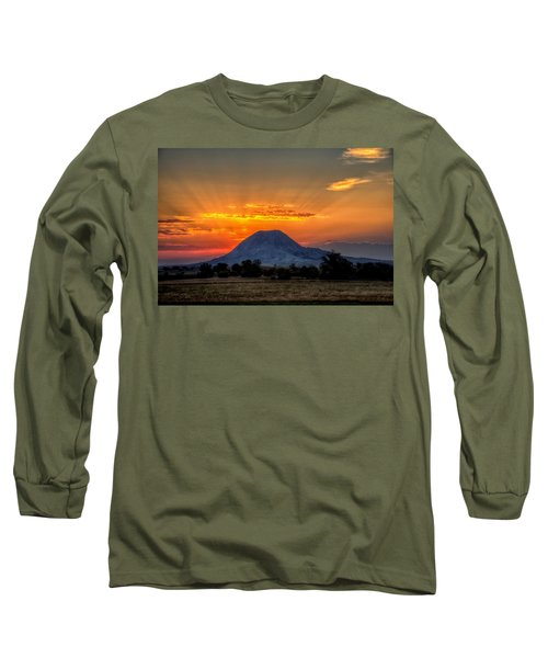 Mato Paha, The Sacred Mountain Long Sleeve T-Shirt