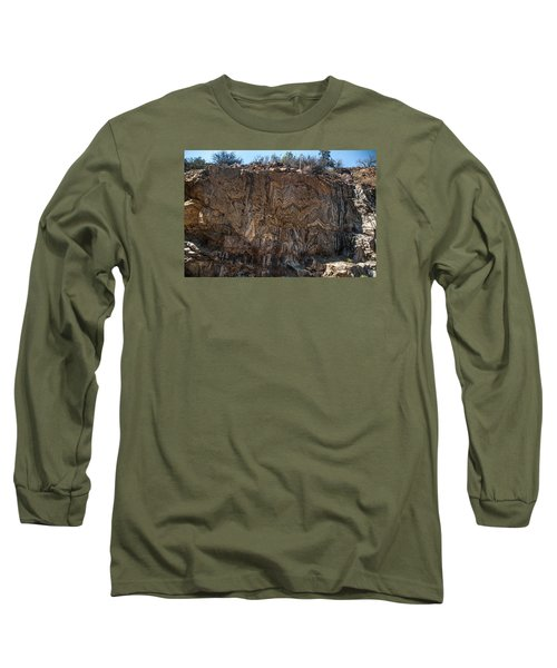 Metamorphic Geologic Wall In Kings Canyon Giant Sequoia National Monument Sequoia National Forest Long Sleeve T-Shirt
