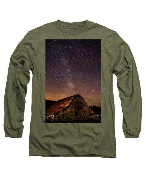 Milky Way Over Boxley Barn Long Sleeve T-Shirt