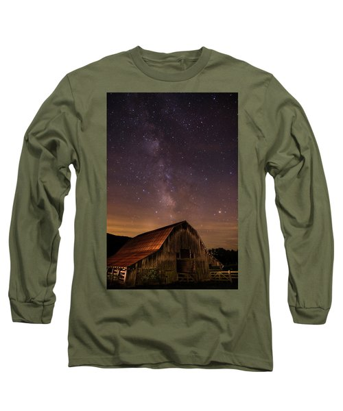 Milky Way Over Boxley Barn Long Sleeve T-Shirt