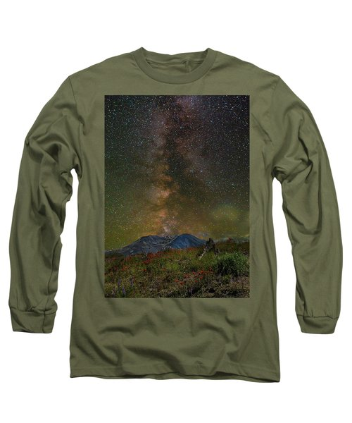 Milky Way Over Mount St Helens Long Sleeve T-Shirt